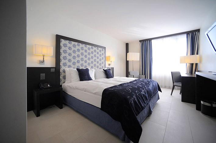 Agencement luxe pour hotels magasins et restaurants for Linge de lit pour hotel de luxe